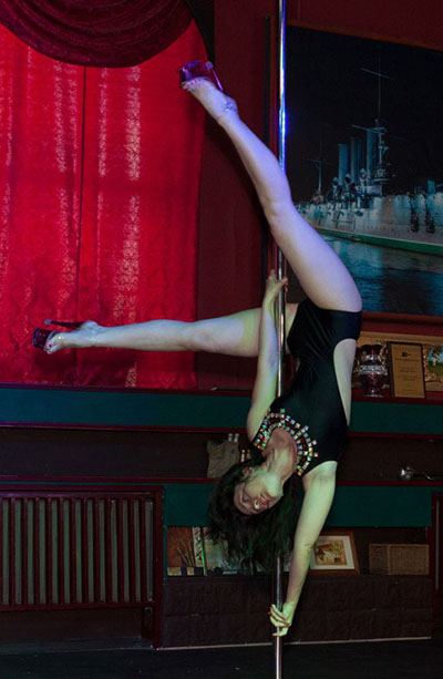 Эротические танца приватного характера